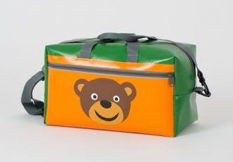 Sporttasche mit Bär