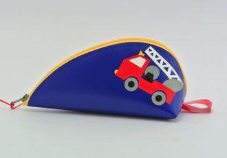 Bleistiftetui mit Feuerwehrauto