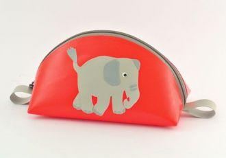 Necessaire mit Elefant
