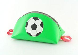 Necessaire mit Fussball