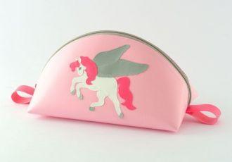 Necessaire mit Pegasus
