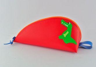 Bleistiftetui mit Krokodil