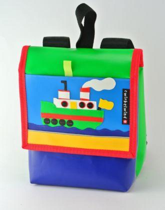 Kindergartenrucksack mit Dampfschiff