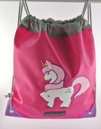 Turnsack mit Einhorn auf pinkem Hintergrund